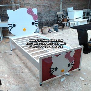Tempat Tidur Anak Karakter Hello Kitty Terbaru
