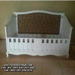 Tempat Tidur Bayi Kayu Cantik Minimalis
