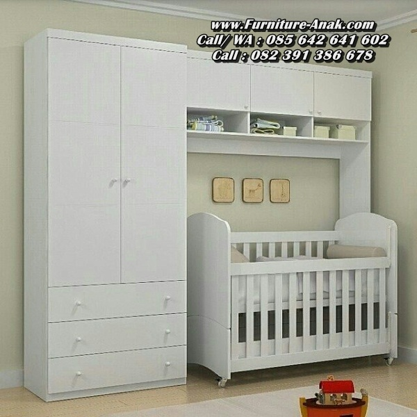 Tempat Tidur Bayi Kayu Dengan Lemari Cantik