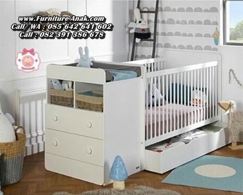 Tempat Tidur Bayi Baru Lahir Sorong
