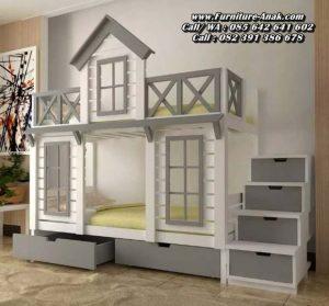 Tempat Tidur Tingkat Model Rumah Kayu