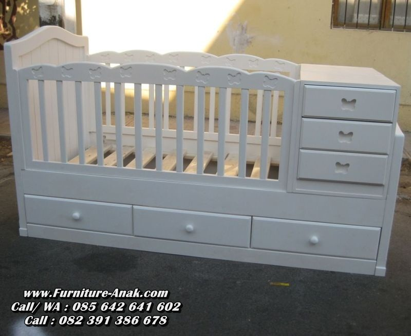 Tempat Tidur Bayi Kayu Minimalis Putih